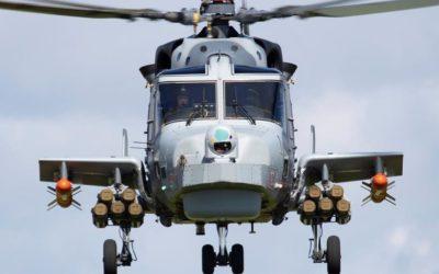 AgustaWestland a débuté l'installation des premières ailes d'emport de charge sur les hélicoptères AW159 Wildcat