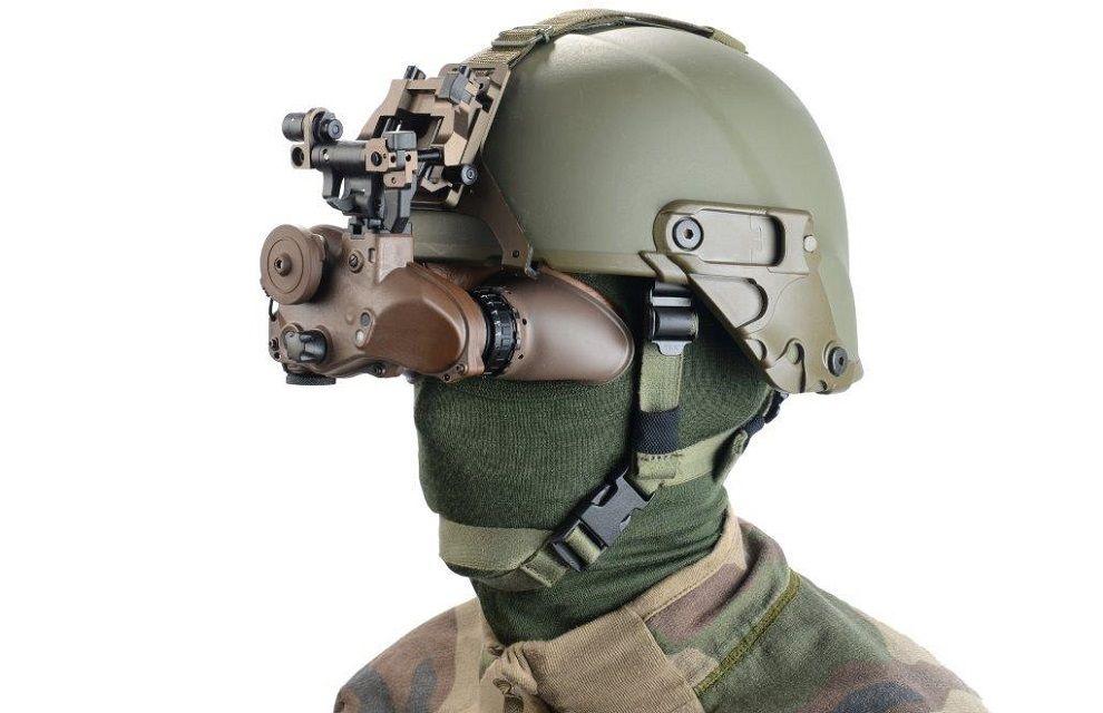Les premières compagnies de combat équipées des jumelles de vision nocturne O-NYX