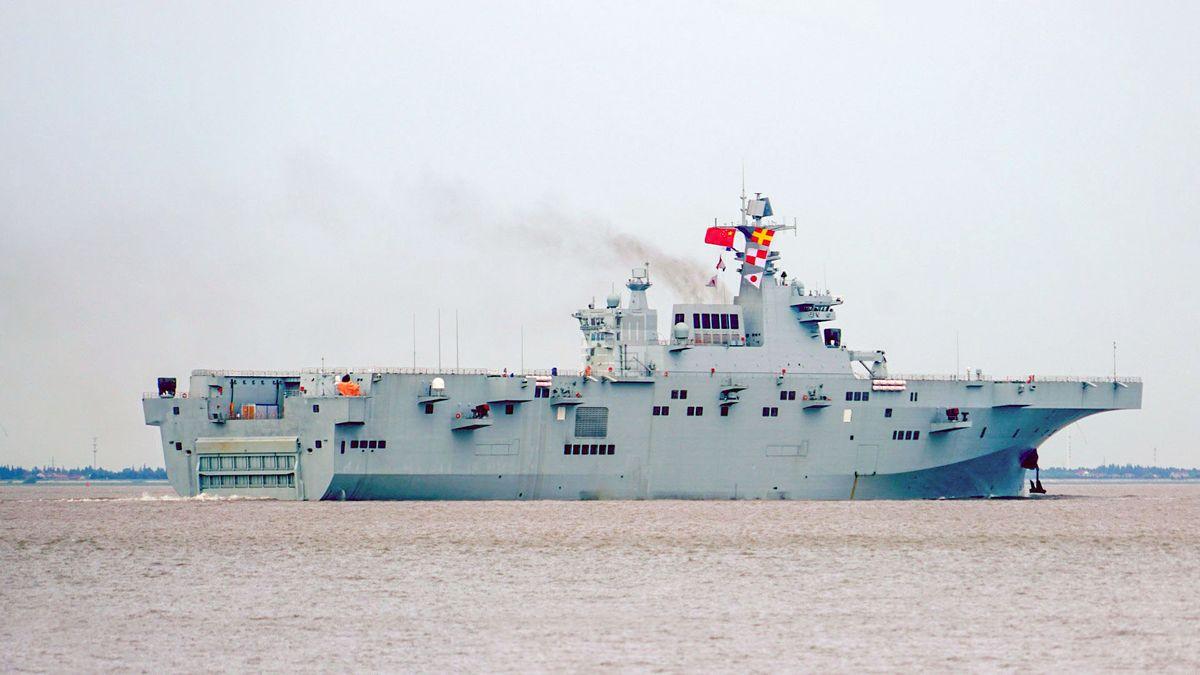 Chine navire d'assaut amphibie de Type 075 DR