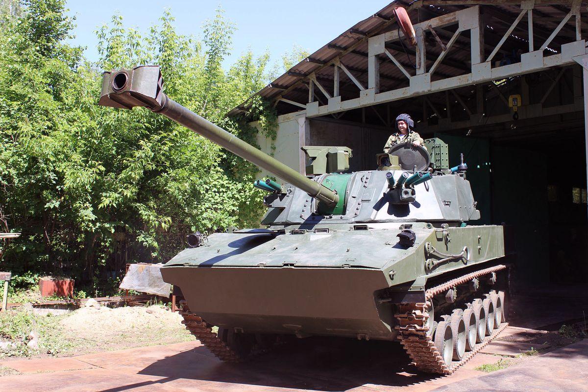 Le constructeur russe TsNIItotchmash développe le nouveau canon d'artillerie automoteur 2S42 Lotos © Russian MoD