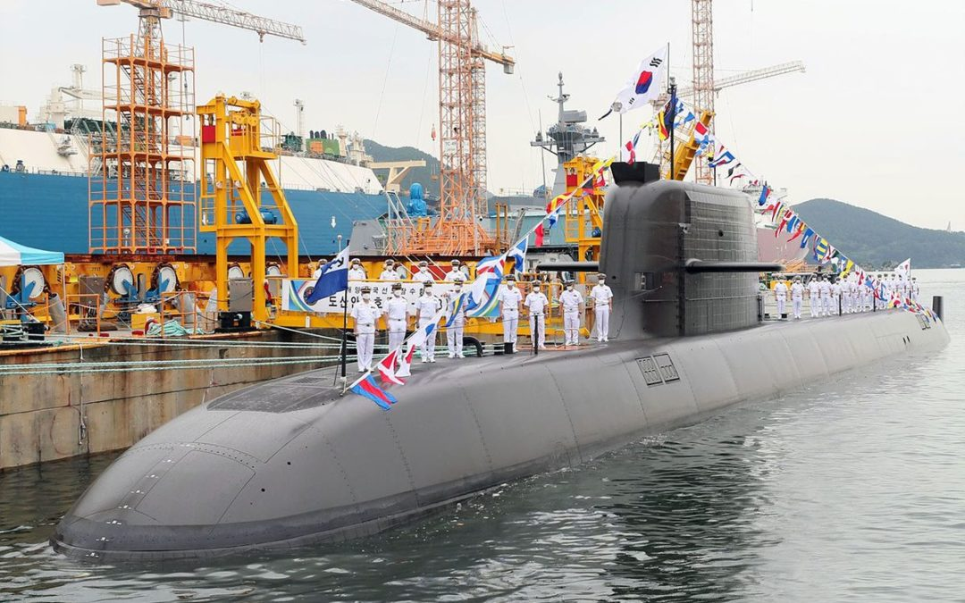 Le sous-marin SS 083 Dosan Ahn Changho du type KSS-III admis au service actif